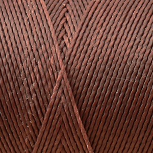 Fil polyester ciré 0,5mm couleur marron Chocolat (x 2m)