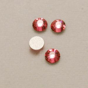 Strass 3mm rose transparent fond gris opaque (x 4)